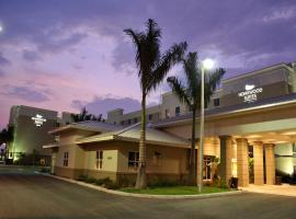 Homewood Suites Fort Myers Airport - FGCU, hotel near Southwest Florida International Airport - RSW, Estero