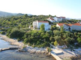 Apartments Grbin, hotel near Planjak Beaches, Korčula
