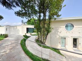 Suite Testani, hotel in Frosinone