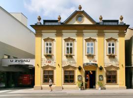Hotel U Zvonu, hotel in Vrchlabí