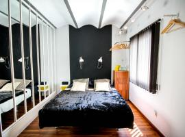 L'Appartement, Luxury Apartment Barcelona, hotel with jacuzzis in Barcelona