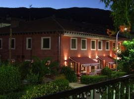 Hotel Rural Carlos I, hotel en Garganta la Olla