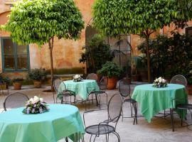 Casa Di Santa Francesca Romana a Ponte Rotto, hotel near Piazza di Santa Maria in Trastevere, Rome