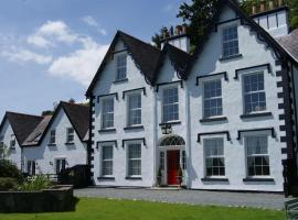 Coed Mawr Hall Bed & Breakfast, hotel in Conwy