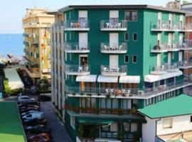 Hotel Colorado, отель в городе Лидо-ди-Езоло