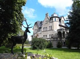 Schlosshotel Stecklenberg, отель в Тале