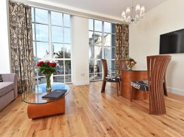 Royal Athenaeum Suites, accommodation in Aberdeen