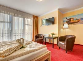 Aparthotel Strandhus, hotel near Baltic Hills Golf Usedom, Ahlbeck