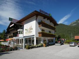 Gasthof Ramona, hotel in Scharnitz