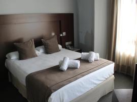Hotel Madanis Liceo, hotel a l'Hospitalet de Llobregat