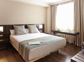 Aura Algeciras, hotel a Algesires