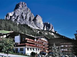 Hotel Miramonti Corvara, hotel a Corvara in Badia