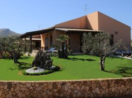 Holiday Home Nicola Santoro, hotel in zona Grotta Mangiapane, Custonaci