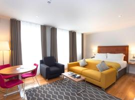 PREMIER SUITES PLUS Dublin, Ballsbridge, apartment in Dublin