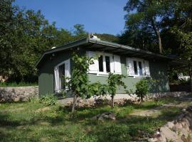 Badacsony Vendégház, villa in Badacsonytördemic