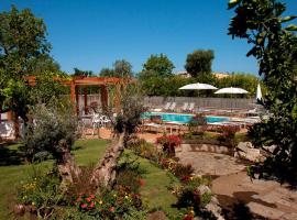 Il Roseto, pet-friendly hotel in Sorrento