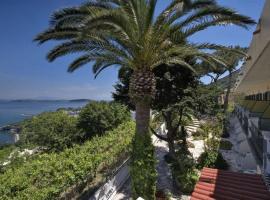 Hotel Villa Ireos, hotel near Inglesi Beach, Ischia