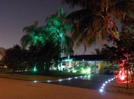 Blue Ocean Guesthouse, hostel in Fort Lauderdale