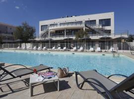 Vacancéole - Résidence Cap Camargue, hotel in Le Grau-du-Roi