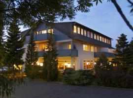 Kucher's Landhotel, hotel near Scharteberg mountain, Darscheid