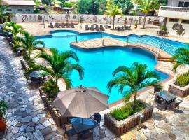 Mensvic Grand Hotel, hotel in Accra