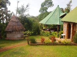 Songota Falls Lodge, country house in Arusha