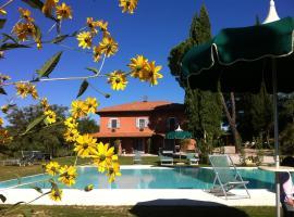 Villa Del Sole, country house in San Gimignano