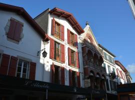 Hôtel Txoko, hôtel à Saint-Jean-de-Luz près de: Plage de Saint-Jean-de-Luz