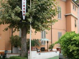 Hotel Giovanna, hotel a Montecatini Terme