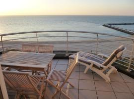 El Mirador Quality Stay - Apartments, hotel in Oostende
