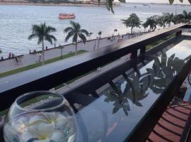 New Season Riverside Hotel, hotel in Phnom Penh