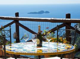 Villa Graziella a Piece of Paradise, hotel with jacuzzis in Positano