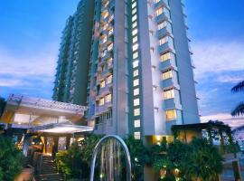 Golden Tulip Balikpapan Hotel & Suites, hotel near Sultan Aji Muhammad Sulaiman International Airport - BPN, Balikpapan