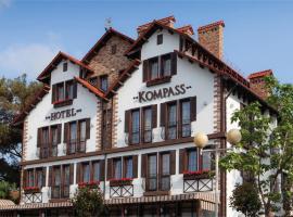 Гостиница «Компасс», отель в Геленджике