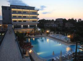 Hotel Santa Lucia Le Sabbie d'Oro, отель в Чефалу