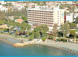 Poseidonia Beach Hotel, отель в Лимассоле