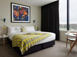 Art Series - The Larwill Studio, hotell i Melbourne