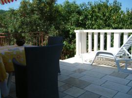 Apartment Villa Green Court, luxury hotel in Korčula