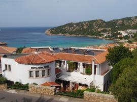 Hotel Mon Repos, отель в городе Байя-Сардиния
