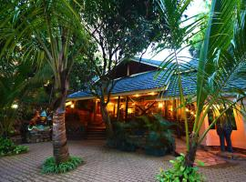 Forest Cottages, hotel in Kampala