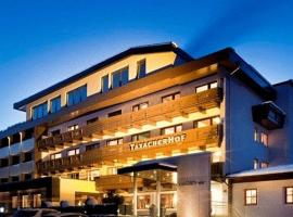 Hotel Taxacher, Hotel in Kirchberg in Tirol