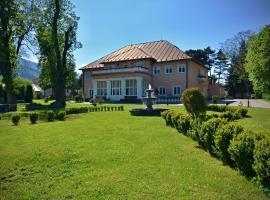 Svatojansky Kastiel, hotel in Liptovský Ján