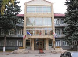 Center Profsoyuzov, hotel in Dubrovskiy