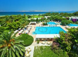 Caravia Beach Hotel, hotel with pools in Marmari
