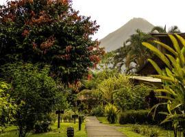 Catarata Eco Lodge, hotel en Fortuna