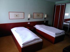 Hotel Refleks, hotel in Toruń