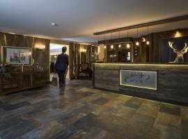 Hotel Cervo, hotel in Sils Maria