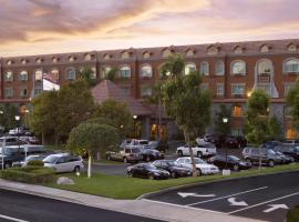 Ayres Suites Yorba Linda/Anaheim Hills, hotel near Angel Stadium of Anaheim, Anaheim