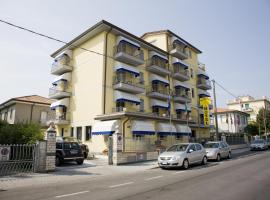 Hotel Fortunella, hotel in Lido di Camaiore
