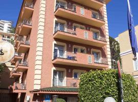 Soho Los Naranjos, hotel en Málaga